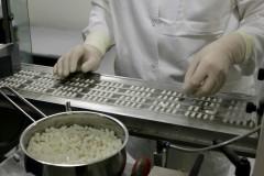 Правительство ограничило госзакупки иностранных лекарств