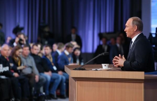 Владимир Путин: Проиндексировать доходы пенсионеров было почти невозможно, но это сделано