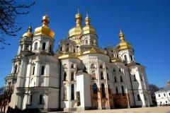 Городской совет Киева принял к рассмотрению петицию о передаче лавры раскольникам