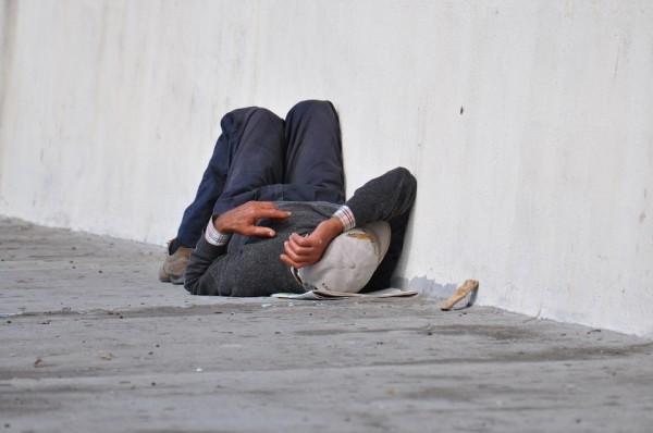 homeless-1070399_960_720 (1)