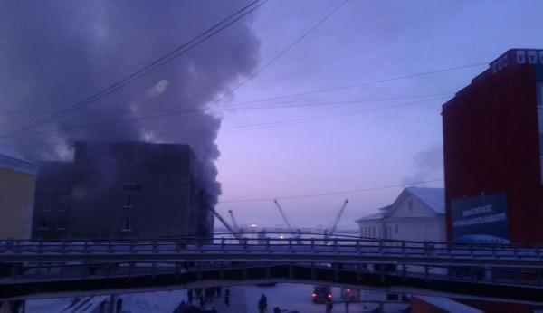 Пенсионер, подозреваемый в поджоге районной администрации из-за жилищного вопроса, задержан в Красноярском крае