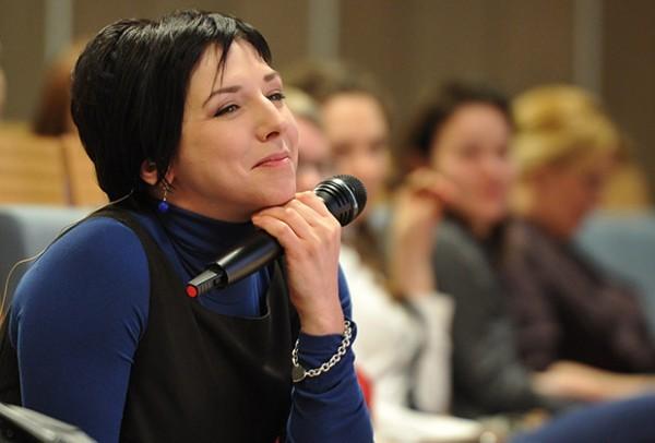 Екатерина Гордеева на «Открытой Лекции». Фото: vokrug.tv