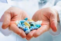 «Огромная опасность для людей с тяжелыми заболеваниями»: врачи и эксперты об ограничении закупок иностранных лекарств