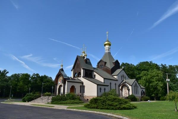 В США откроют памятник, посвященный воссоединению РПЦ и РПЦЗ