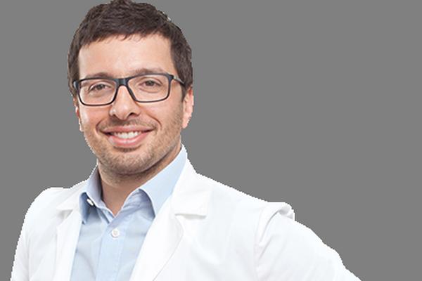 Владимир Александровский: Следует стимулировать сотрудников государственных клиник совмещать врачебную практику с частными