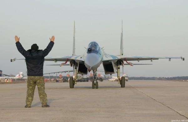 На российской авиабазе в Сирии более 40 военнослужащих приняли Крещение
