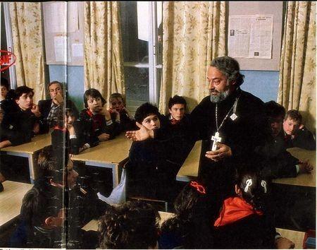 Монография о протоиерее Александре Мене представлена в Москве