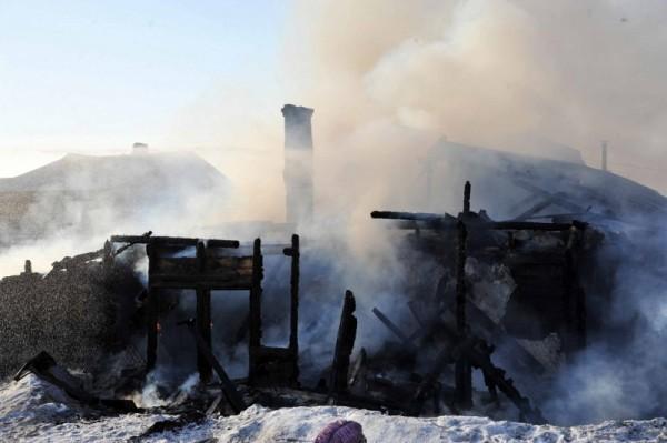 Женщина с младенцем погибли во время пожара в Бурятии