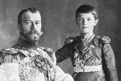 Архиерейский собор затронет «непростую тему» царских останков