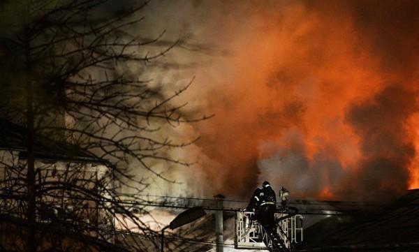 При пожаре в швейном цехе в Москве погибли 12 человек