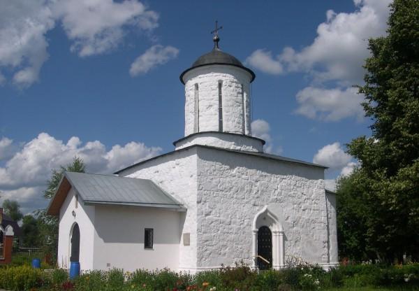 Никольская церковь в селе Каменское (Московская область), построена предположительно в XIV веке