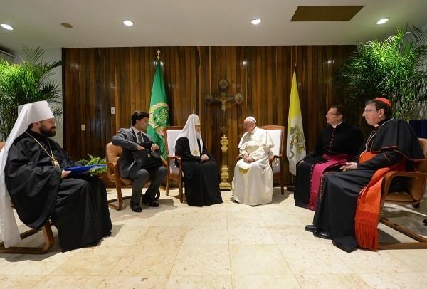 Патриарх Кирилл и Папа Франциск призвали предотвратить дальнейшее вытеснение христиан с Ближнего Востока