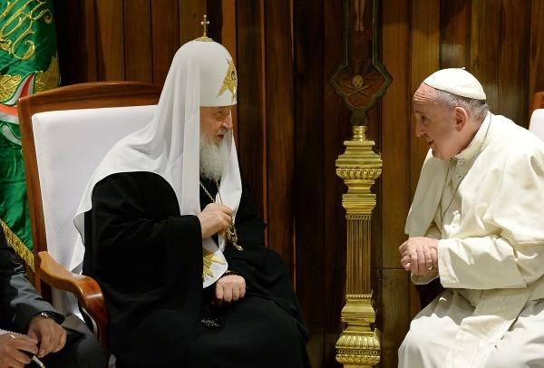 Патриарх Кирилл и Папа Франциск просят освободить захваченных митрополитов Аллепских