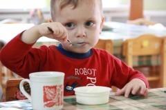 Куда пропали полдники в детских садах