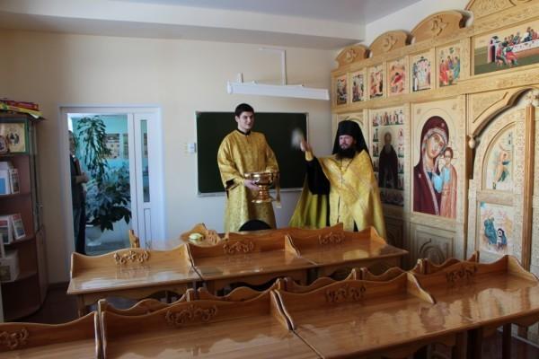 Освящена школа на Камчатке, ученики которой погибли в яме с кипятком