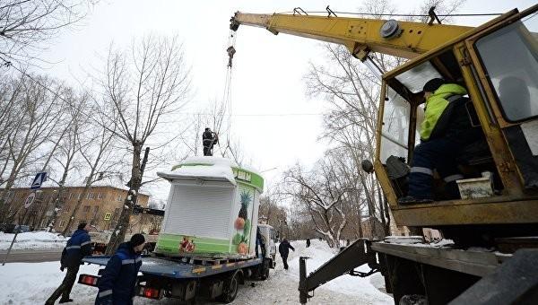 """В Кремле одобряют снос """"гадюшников у метро"""""""