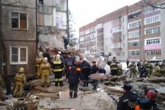 В Ярославле рухнули пять этажей жилого дома, есть жертвы