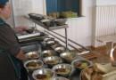Экспертиза: Детей-льготников кормят неполноценными завтраками