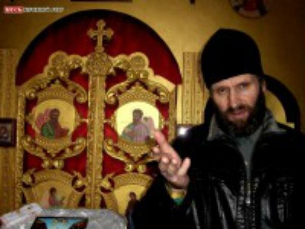 Священник спас из ледяной воды утопающего рыбака