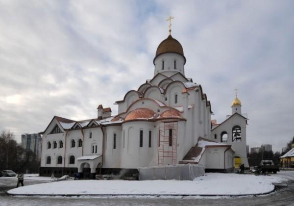 Патриарх Кирилл освятил храм святого Александра Невского при МГИМО