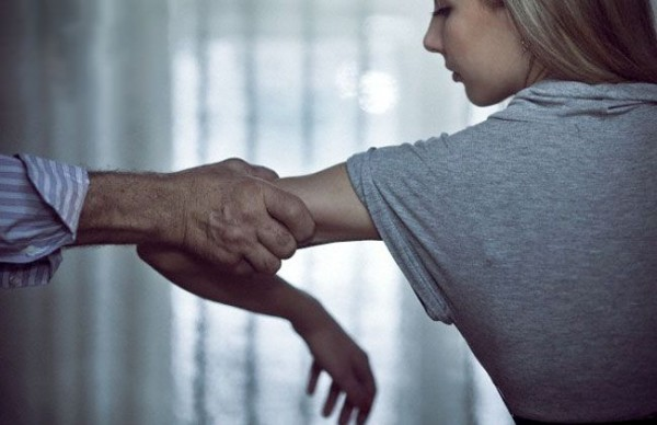 С чего начинается семейное насилие