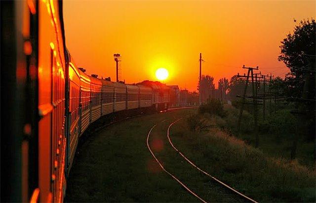 Рассказ тетю в попу в поезде в купе фото 272-917