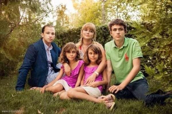 Екатерина Перепелюк с детьми