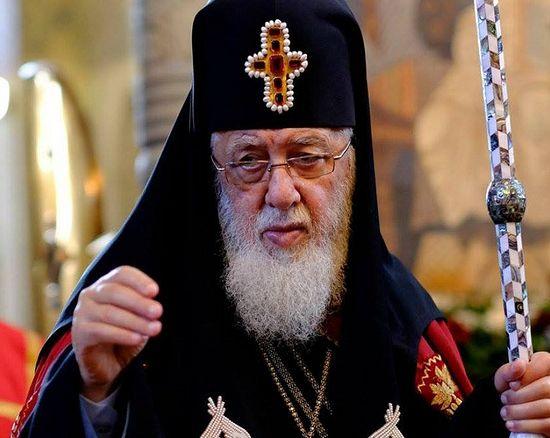 Грузинский Патриарх открыл сбор денег на приют для бедных