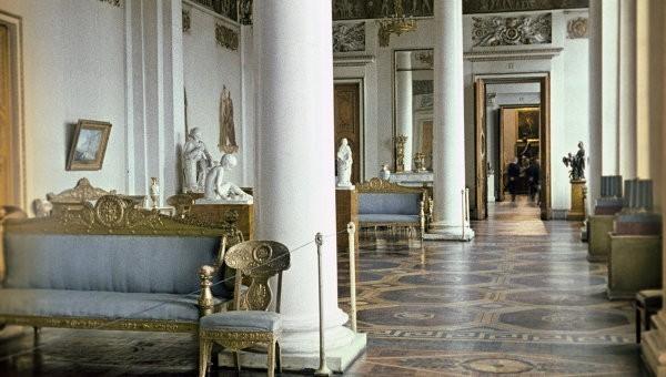 Михайловский дворец адаптируют для инвалидов
