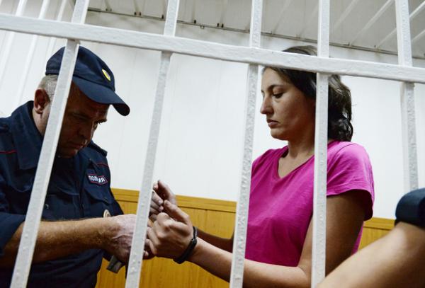 Осужденную за кражу собаки-поводыря выпустили на свободу