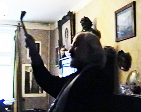Освящение квартиры (стоп-кадр видеосъемки)