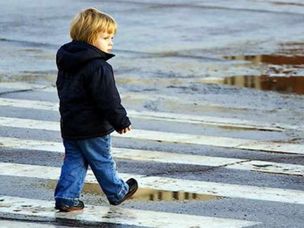 Нашли потерявшегося ребенка: что делать и чего не делать?
