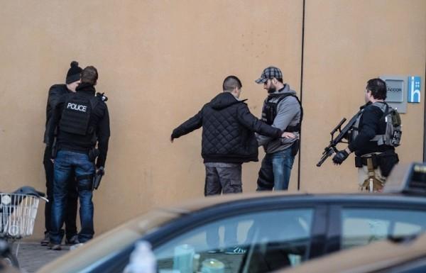 Спецоперация в Брюсселе: полиция ищет нового подозреваемого