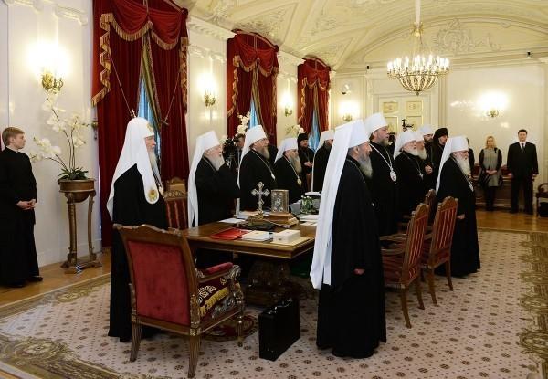 Заседание Священного Синода открылось в Санкт-Петербурге