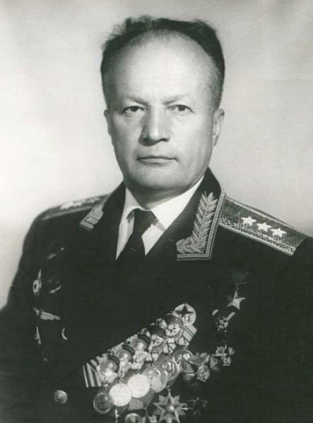 Николай Петрович Каманин (1908 – 1982)