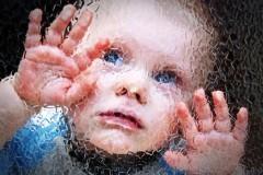 Тюменские врачи убеждают родителей отказаться от детей с аутизмом