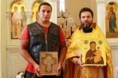 Российские байкеры привезли иконы в храмы Московского Патриархата на юге Африки
