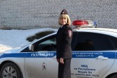 В Петербурге задержана женщина, оставившая сына в припаркованной машине