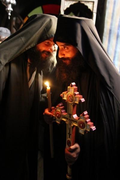Сыновья отца Евангелоса - насельники Дохиара