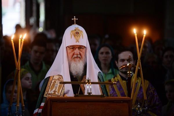 В Великий Четверг Патриарх совершил чин умовения ног в Храме Христа Спасителя