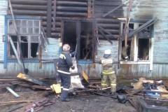 Нижегородские рабочие спасли четверых детей из огня в ковше погрузчика
