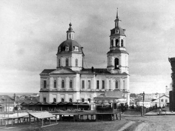 Спасский собор чб
