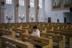 Власти Китая развернули борьбу с христианами