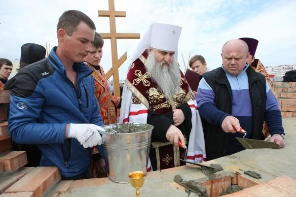В Саратове заложен храм во имя святителя Спиридона Тримифунтского