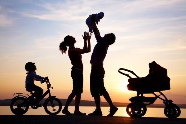 Церковь обучит по интернету основам организации центров семейного устройства сирот