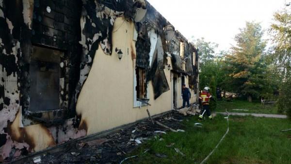 При пожаре в доме престарелых под Киевом погибли 17 человек