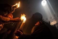 Россия помогла доставить в Сербию Благодатный огонь из Иерусалима