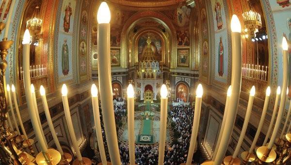 В российских храмах проходит сбор средств для помощи женщинам в кризисных ситуациях