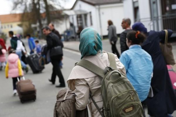 Мусульмане притесняют христиан в мигрантских городках в Германии