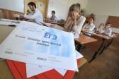 Школьникам в нескольких регионах не хватило бланков для ЕГЭ